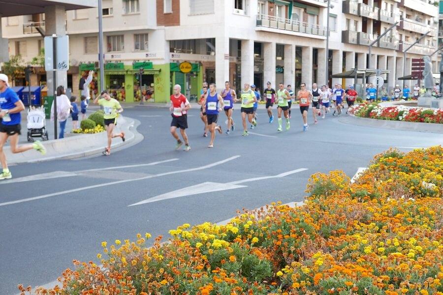 corredores maratón logroño