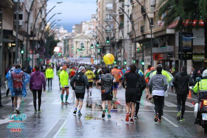 corredores murcia maraton