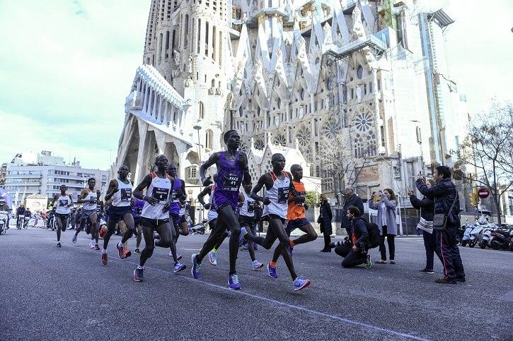 corredores maraton barcelona