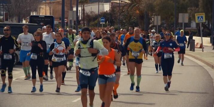 corredores maratón ibiza