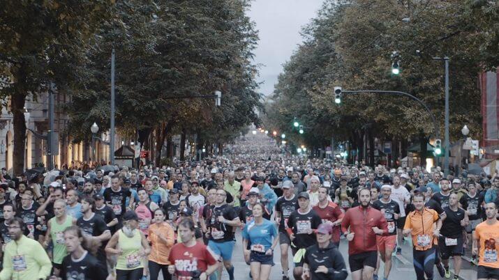 corredores en el maratón de Bilbao