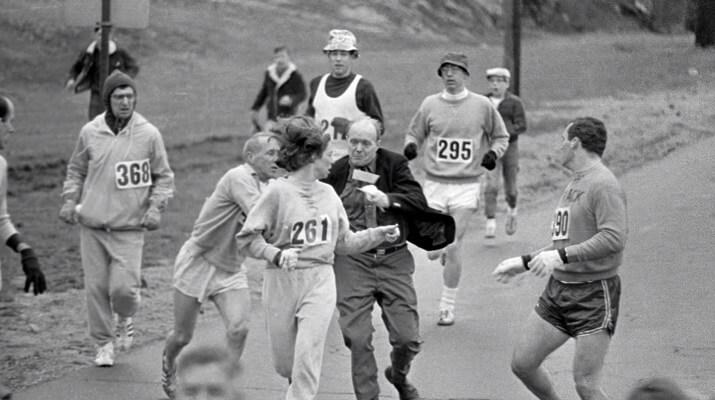Kathrine Switzer en el maratón de boston